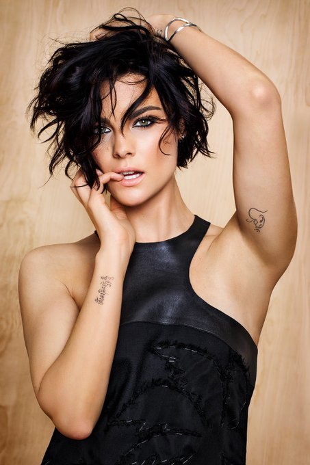 Happy birthday to the mega-gorgeous Jaimie Alexander! ¡Feliz cumpleaños