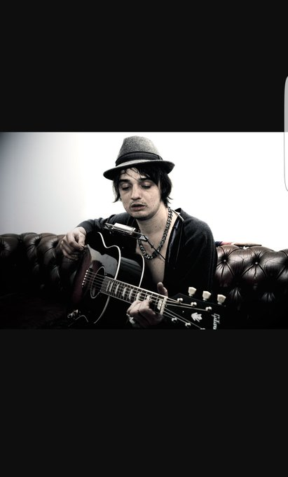 Happy birthday to me fav musician Mr Pete Doherty