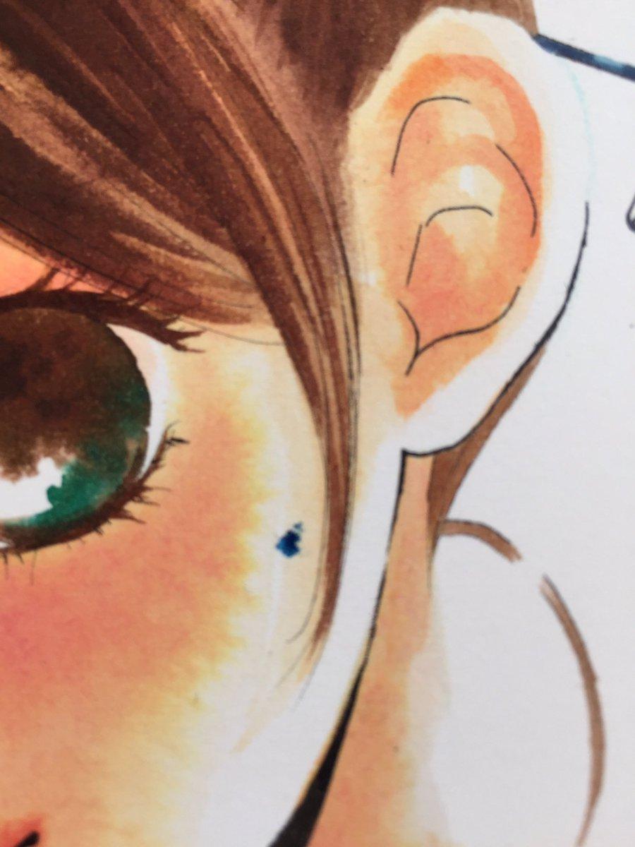 【ちはやふる34巻表紙メイキング7】ここで痛恨の!筆を取り落として青色が顔に着くという失敗が。わーんぎゃーん!