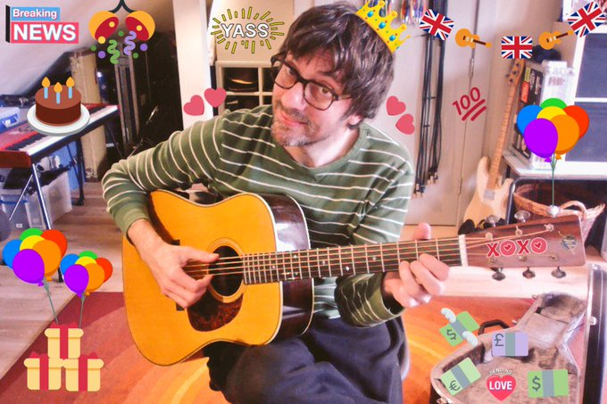 Happy Birthday, our beloved Mr. Graham Coxon!! May all your wishes come true