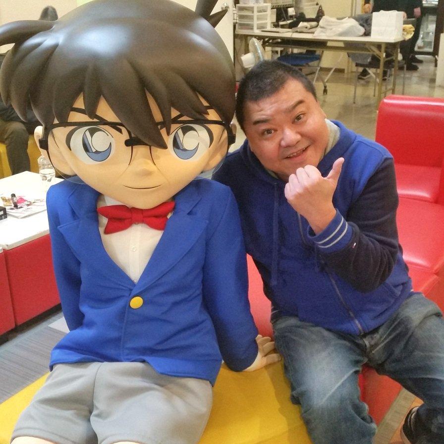 数年前すっちーに「名探偵コナンの友達や!」と言われ出し…本日ほんまに友達になりました青山剛昌先生から似顔絵も頂きました「