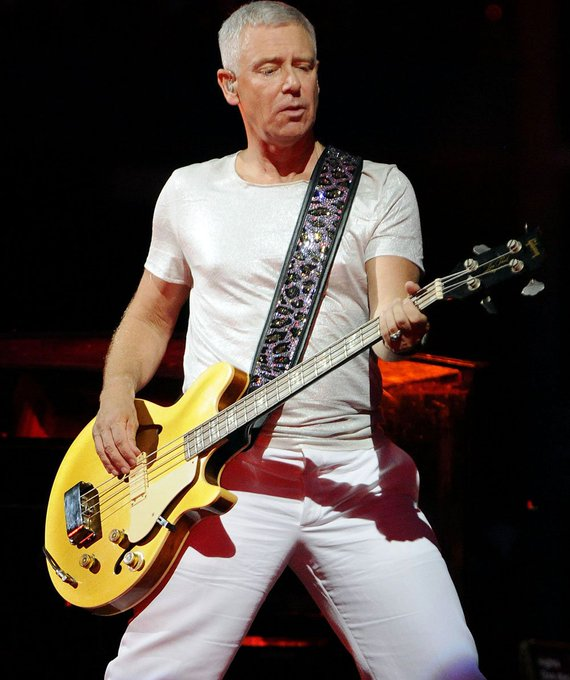 Happy bday to the best bassguitarist in the world,Adam clayton!!!