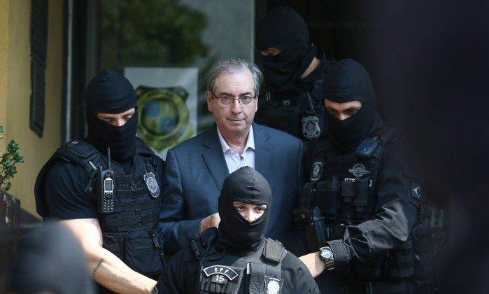 Cunha acusa Moro de cerceamento de defesa e pede absolvição.