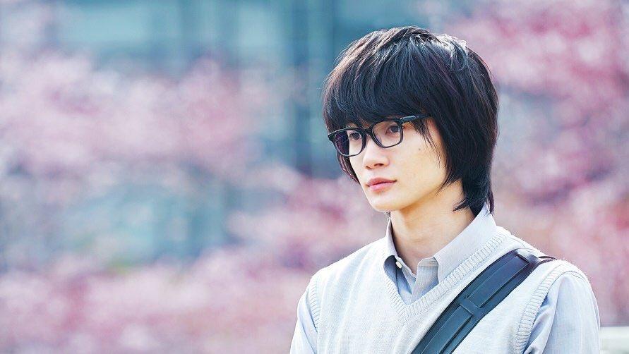 桐山零(きりやまれい)#名前を3文字消すとかわいい きれい。。綺麗。。「かわいい」も「きれい」も兼ね備えている主人公をお