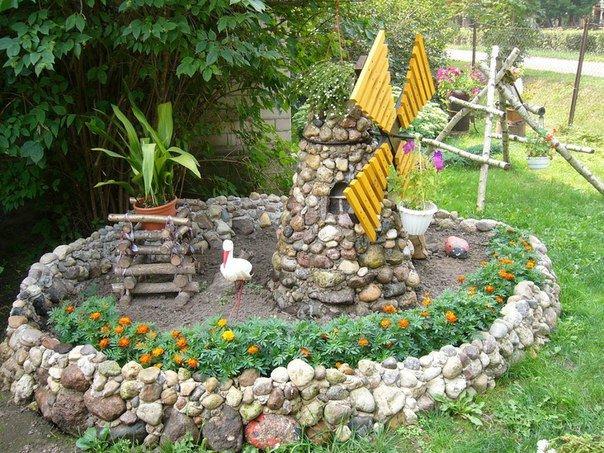 Поделки в саду