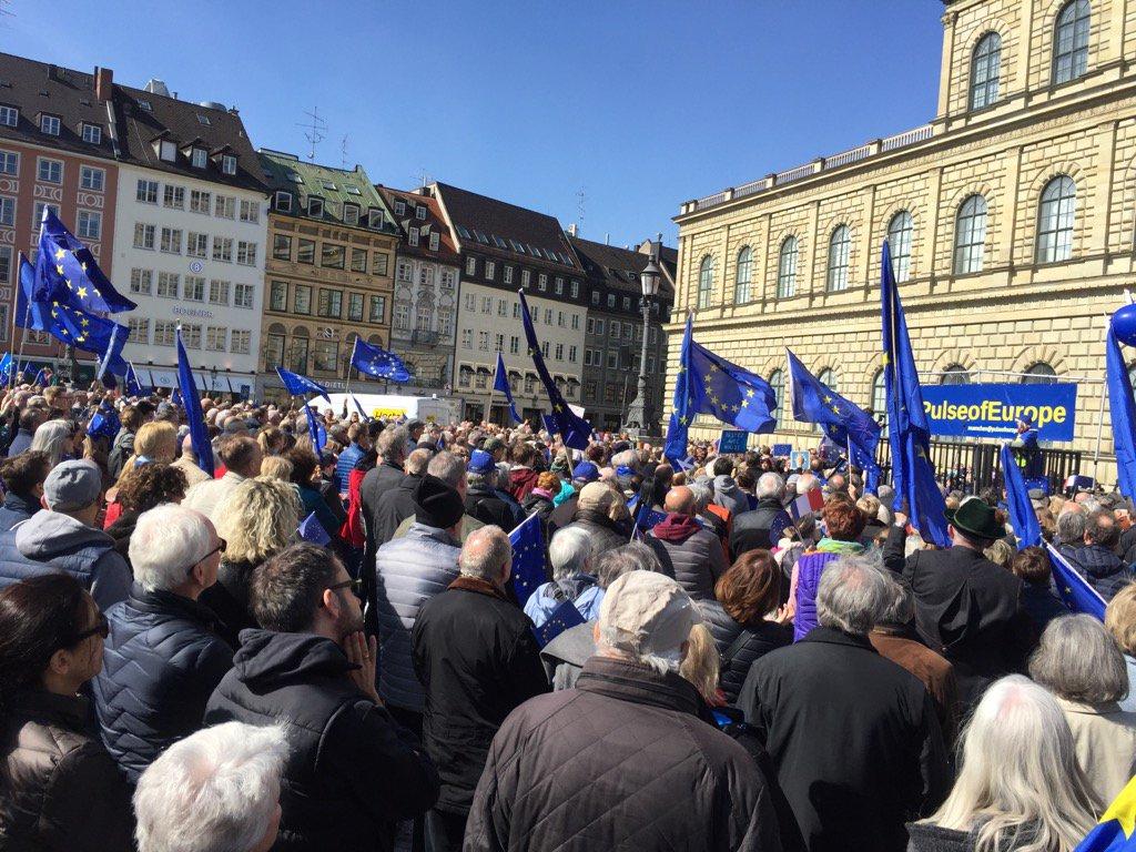 Läuft wieder für Europa: Aufstand der Anständigen! @PulseofEurope #München