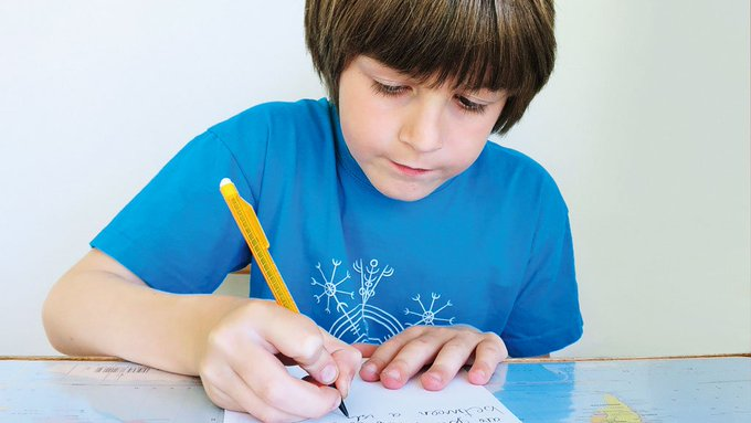 O menino que escreve ao mundo. https://t.co/jZTZeE5lvv