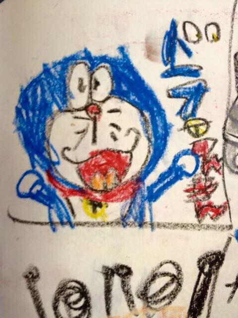 保育園時代のイラスト集⑤アニメ編…ドラえもんのタイトルまでしっかりと描かれている。トトロはメイの落書きのようなタッチ。忍