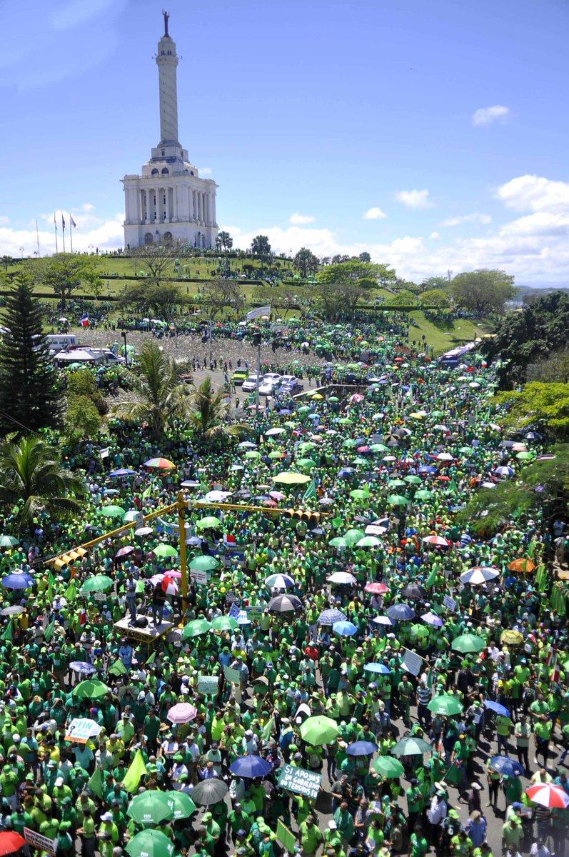 Milhares protestam contra a Odebrecht na República Dominicana https://t.co/bqAVZBBeVa