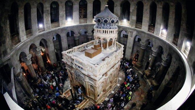 A reconstrução do Santo Sepulcro. https://t.co/ZcDtOopRZD