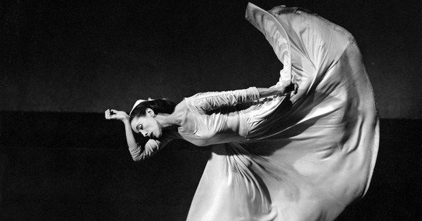Legendary choreographer Martha Graham on the 'divine dissatisfaction' at the heart of all creative work https://t.co/a9QLziZ9I1