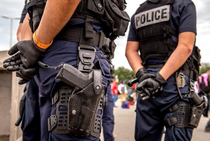 '1 h de garde à vue en moins' : quand la police de Loire-Atlantique s'amuse du changement d'heure 👉https://t.co/5vjtucyMHd