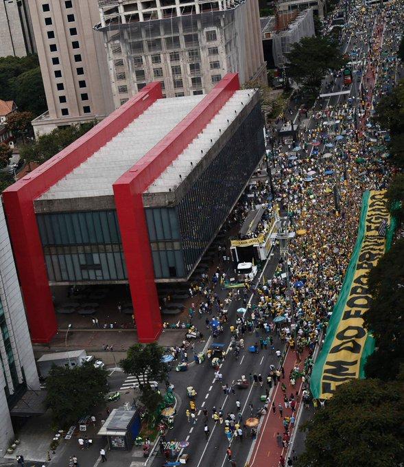 """""""Protesto menor já era esperado"""", diz Kim Kataguiri, líder do MBL. Acompanhe ao vivo: https://t.co/qUSCFzkj0a"""