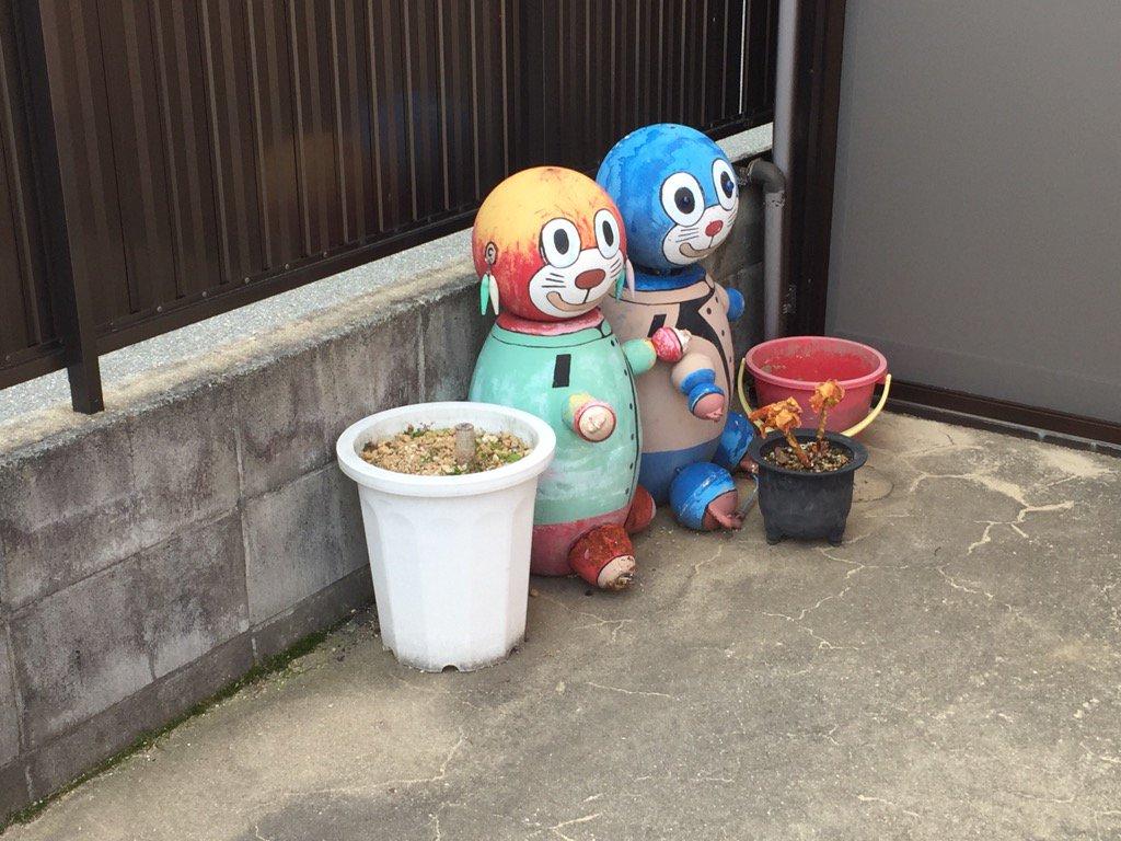 これはいわゆる、絶対あかんやつ案件かな?なにより、ドラえもんの耳ってそこで良いのかと気になるピアスの付け方#浜田市