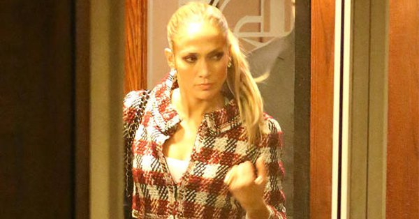 Another day, another romantic date night in a new city for Jennifer Lopez and A-Rod: