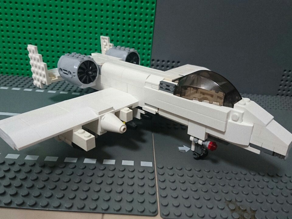 A-10サンダーボルトの改修が完了しました!というより、全面的に新規設計なんですけどねw撮影技術は低いんでそこは許してく