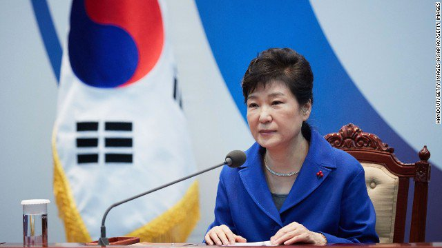 South Korean prosecutors said they are seeking an arrest warrant for the country's ousted president, Park Geun-hye. https://t.co/KEBTNquKja