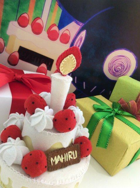 【展示情報③】TVアニメ『SERVAMP-サーヴァンプ-』第3話に登場するバースデーケーキ。実際に撮影して本編映像にも使