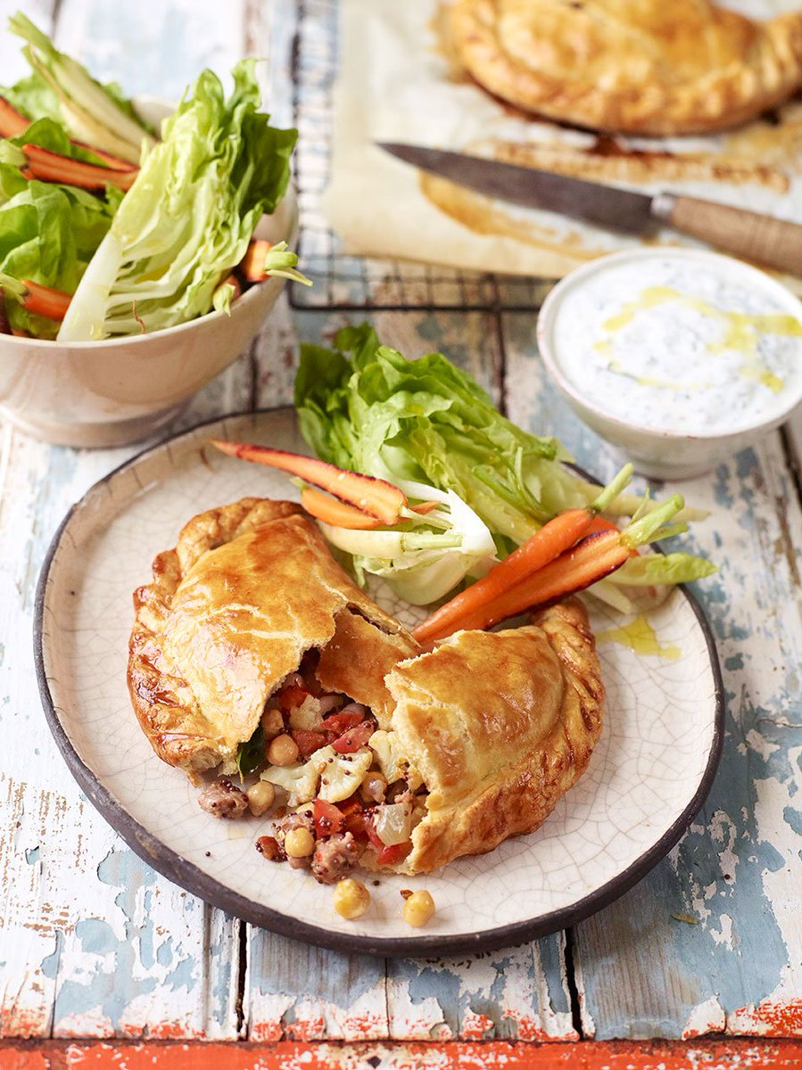 RT @JamieMagazine: Give the classic pasty a spicy twist, a la @jamieoliver https://t.co/P2vnP9zCPU https://t.co/tMepSNENrK
