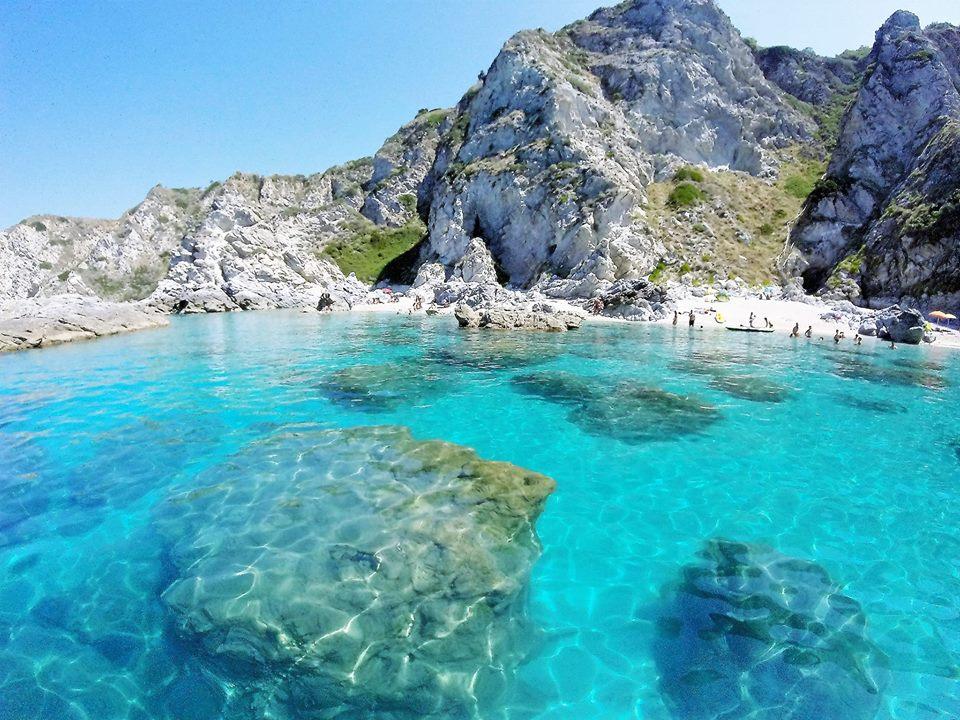 RT @BeautyfromItaly: Capo Vaticano, Calabria (photo by Roberto Sottile) via @LuoghiDal ...