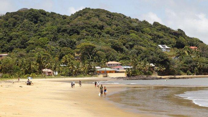 La #Guyane, une «île» ? La science géographique de #Macron à nouveau visée par les critiques https://t.co/WrNxl1hjVi