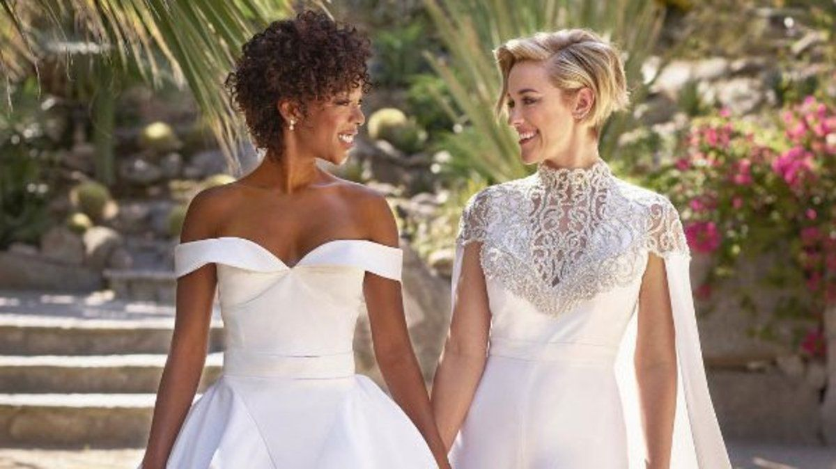 Orange is the New Black star Samira Wiley marries the show's writer in sunshine ceremony https://t.co/fys71jEbQt
