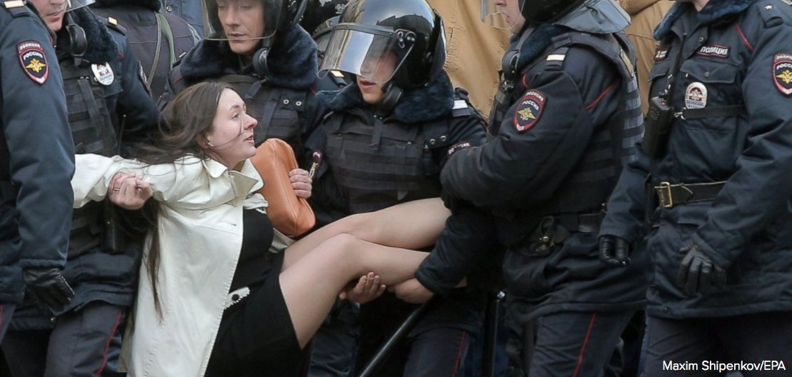 State Dept. criticizes arrests of anti-corruption protesters in Moscow, calls on Russia to release those detained. https://t.co/NoU1zLHvpZ