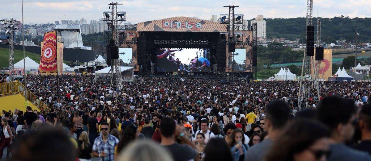 Lollapalooza 2017: festival teve bom som e algum transtorno.  https://t.co/LrEG0V46Xl