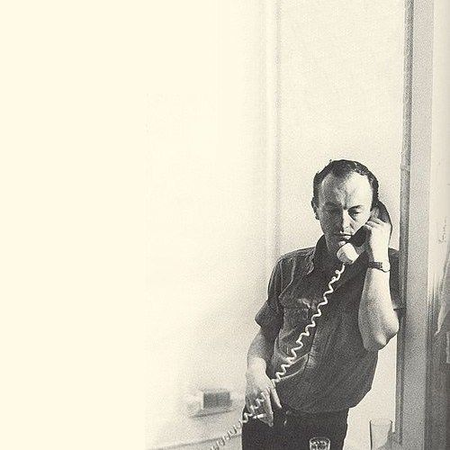 Frank O'Hara, born on this day in 1926, reads his 'Metaphysical Poem' in a rare recording https://t.co/xxDSfM9KBp