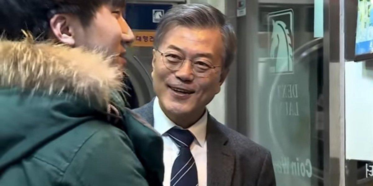 공무원 취준생을 만난 문재인의 '드립'(영상) https://t.co/O5LgD6eA7a