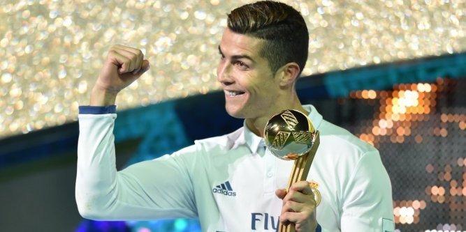 Palamrès ⚽️💶 : qui sont les footballeurs les mieux payés dans le monde ? https://t.co/ssaA7YzNYp