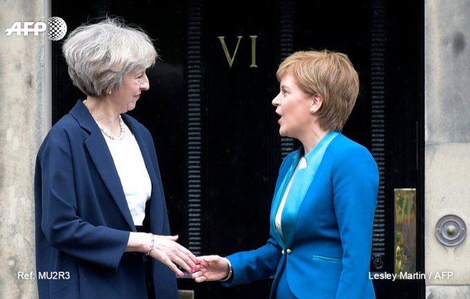 May holds crisis talks in Scotland on brink of Brexit https://t.co/rn7wzD6aoW
