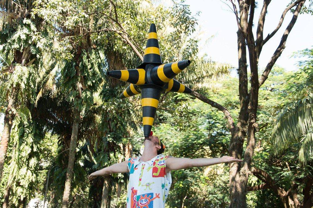 Palhaços organizam 'palhaceata' em comemoração ao Dia do Circo e Teatro em Araraquara, SP https://t.co/8EmZPLPl6H #G1