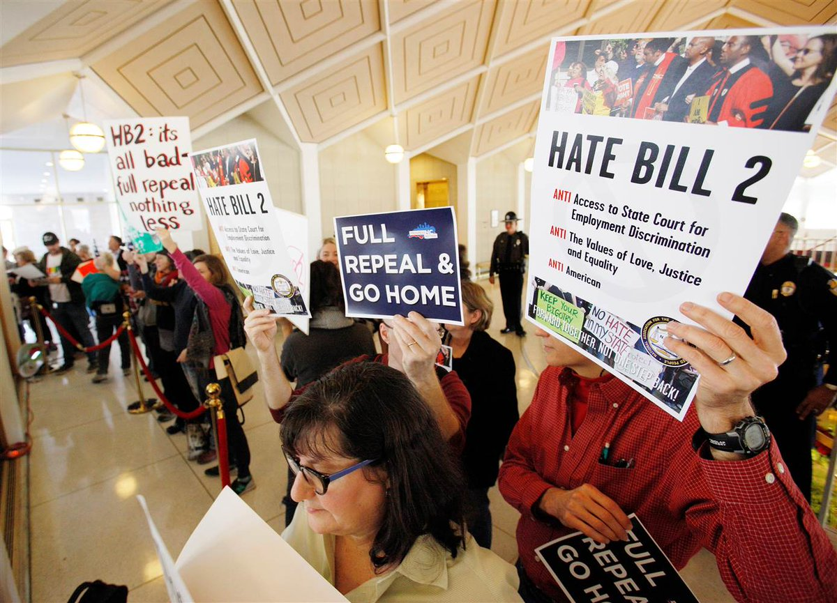 North Carolina 'bathroom bill' HB2 to cost the state $3.76 billion: report https://t.co/uuykJodHgq  via @NBCOUT
