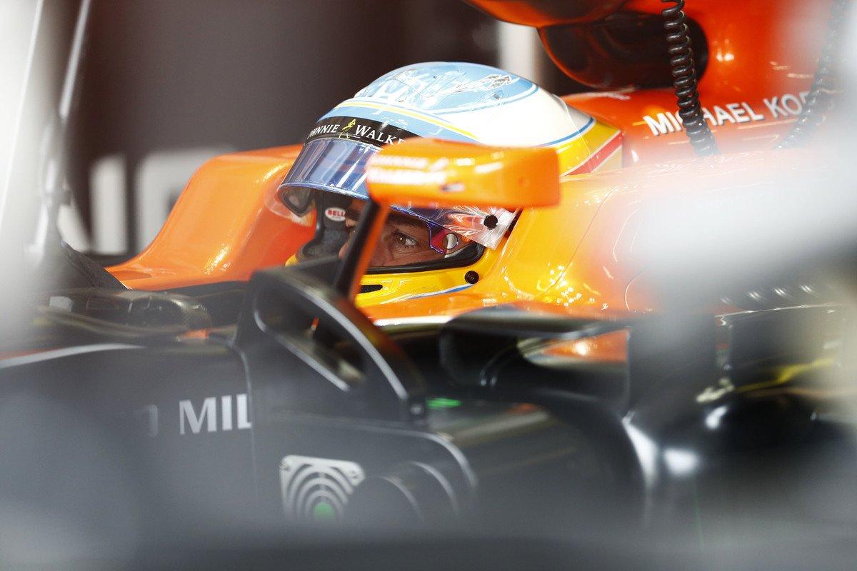 test Twitter Media - Bývalý pilot F1 Mark Webber tvrdí, že Fernando #Alonso opustí McLaren možná ještě v průběhu sezony. Španěl je prý velmi frustrovaný. https://t.co/fyeN3Kpnfq