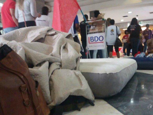 Manifestantes contra reforma da Previdência ocupam aeroporto em MS https://t.co/tNEnXlHl1d #G1