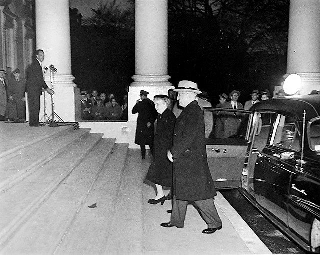 #OTD 1952, President Truman moved back into the newly-renovated White House. https://t.co/54uROHEan4 https://t.co/olSltH0aOF