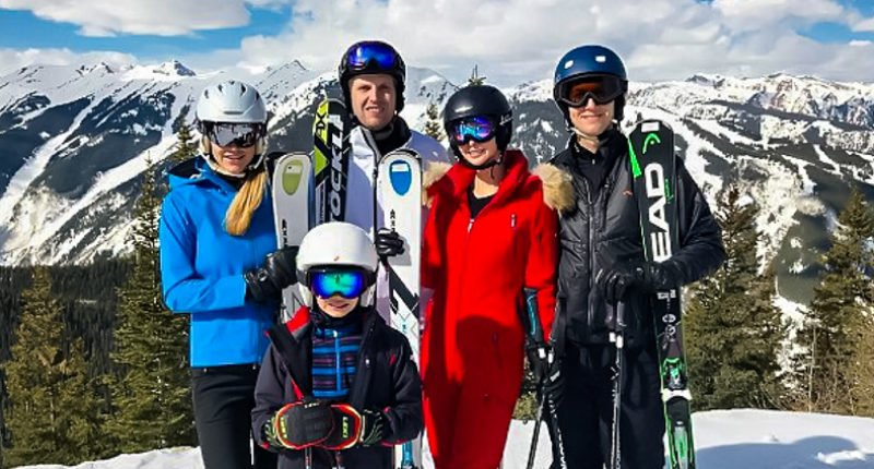 Jared Kushner flew to Aspen same day as 'one of Putin's closest confidants' whose wife is pals with Ivanka https://t.co/xSDLMe1pmz