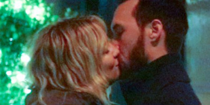 Kate Hudson and Danny Fujikawa lock lips during a romantic N.Y.C. date night