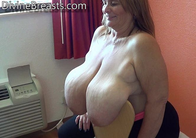 Sarah Macromastia Sexy Saggy Breasts see more at https://t.co/r3HBGS3E9z https://t.co/sFuHEb0dti