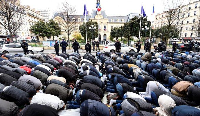 Non, les prières de rue ne sont pas interdites en France mais... il y a une condition à respecter. La voici 👉  https://t.co/qaFdWhzdZ5