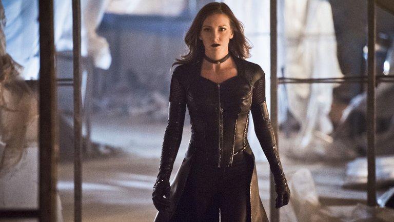 #Arrow @MzKatieCassidy returning as series regular — with a twist