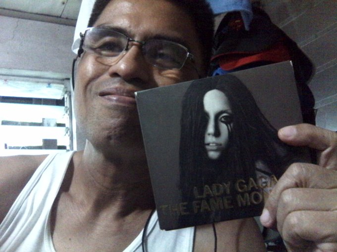 Happy bday, Lady Gaga! And, hey! Know what? It\s my bday, 2! Happy bday to us!