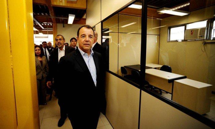 Executivo confirma repasse de mesada de R$ 200 mil em espécie a Cabral.