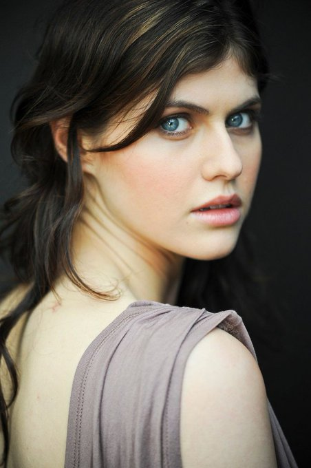 Happy birthday to alexandra daddario!!