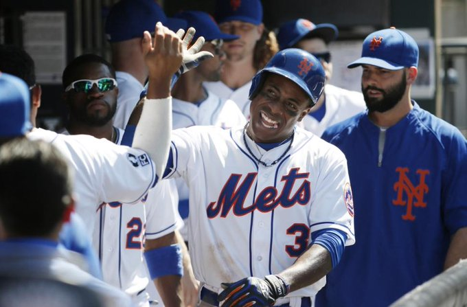 Who can win 6 Awards? The Grandy Man can! Happy birthday Curtis Granderson!