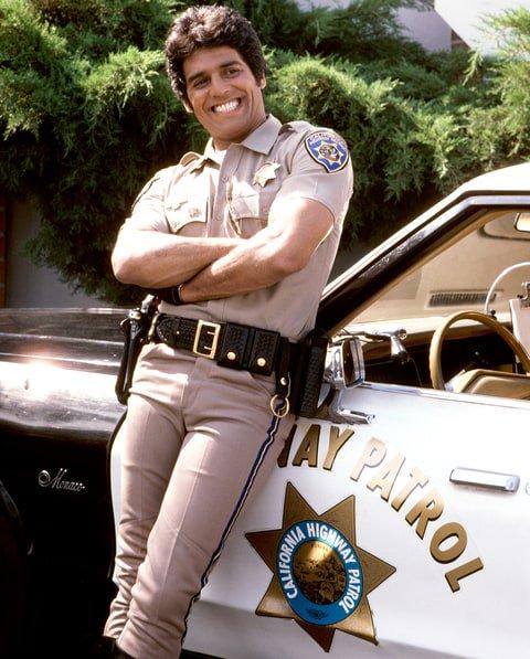 Happy 68th birthday to Erik Estrada. Boy, was I a fan of CHiPs. *swoon*
