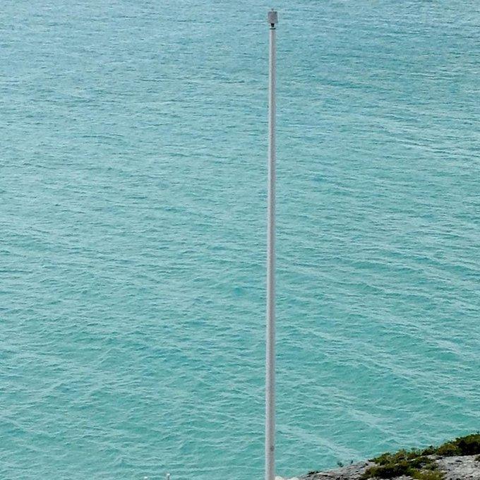 25' #M-Winch #Flagpole @Turks&Caicos #IslandFlags beautiful even before the new #Turks&Cai… https://t.co/WAqkFRHFHE https://t.co/smJLVkk5ul