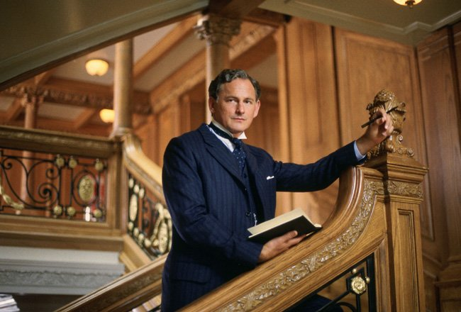 ON WITH Wishes: Victor Garber A Happy Birthday!