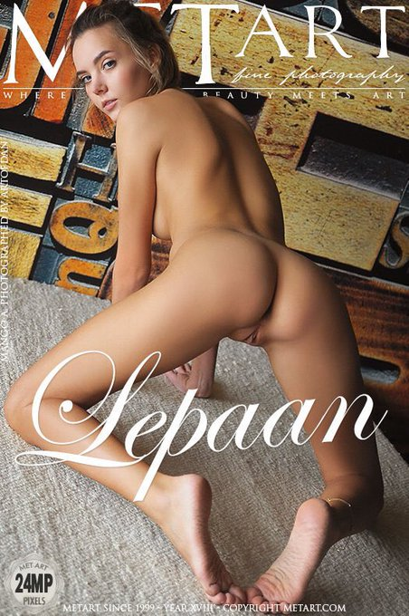 My new photo set on @metart is online, made by Dani ❤ #artofdan https://t.co/rlTmKZXWph